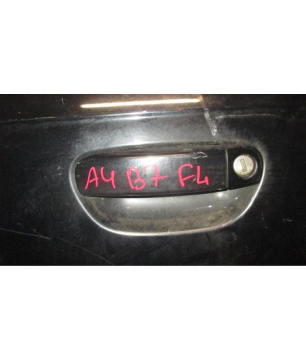Ручка двери передней наружная левая